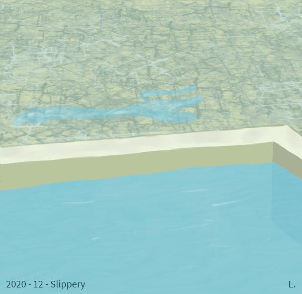 Un bord de piscine, du sol marbré en haut, l'eau en bas. Il y a une flaque d'eau près du bord de la piscine.